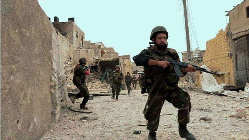 مصدر حكومي سوري : الإرهابيون يتخذون من المدنيين في الغوطة دروعًا لهم