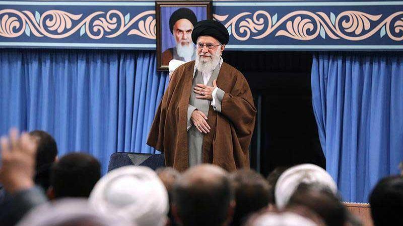 الإمام الخامنئي  الأشرار هم  من يقوم بأعمال التخريب