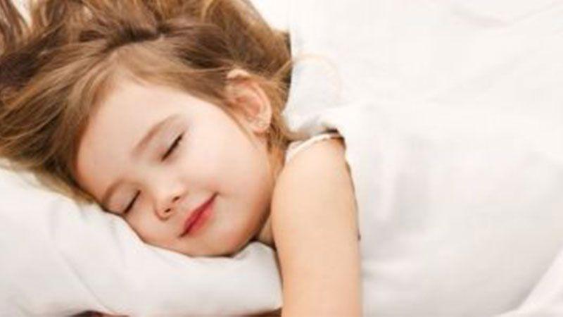 النوم  الجيد للأطفال